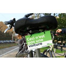 Plaquettes vélo « Ceci n'est pas une voiture » /« Yesss… ! One car less ! »